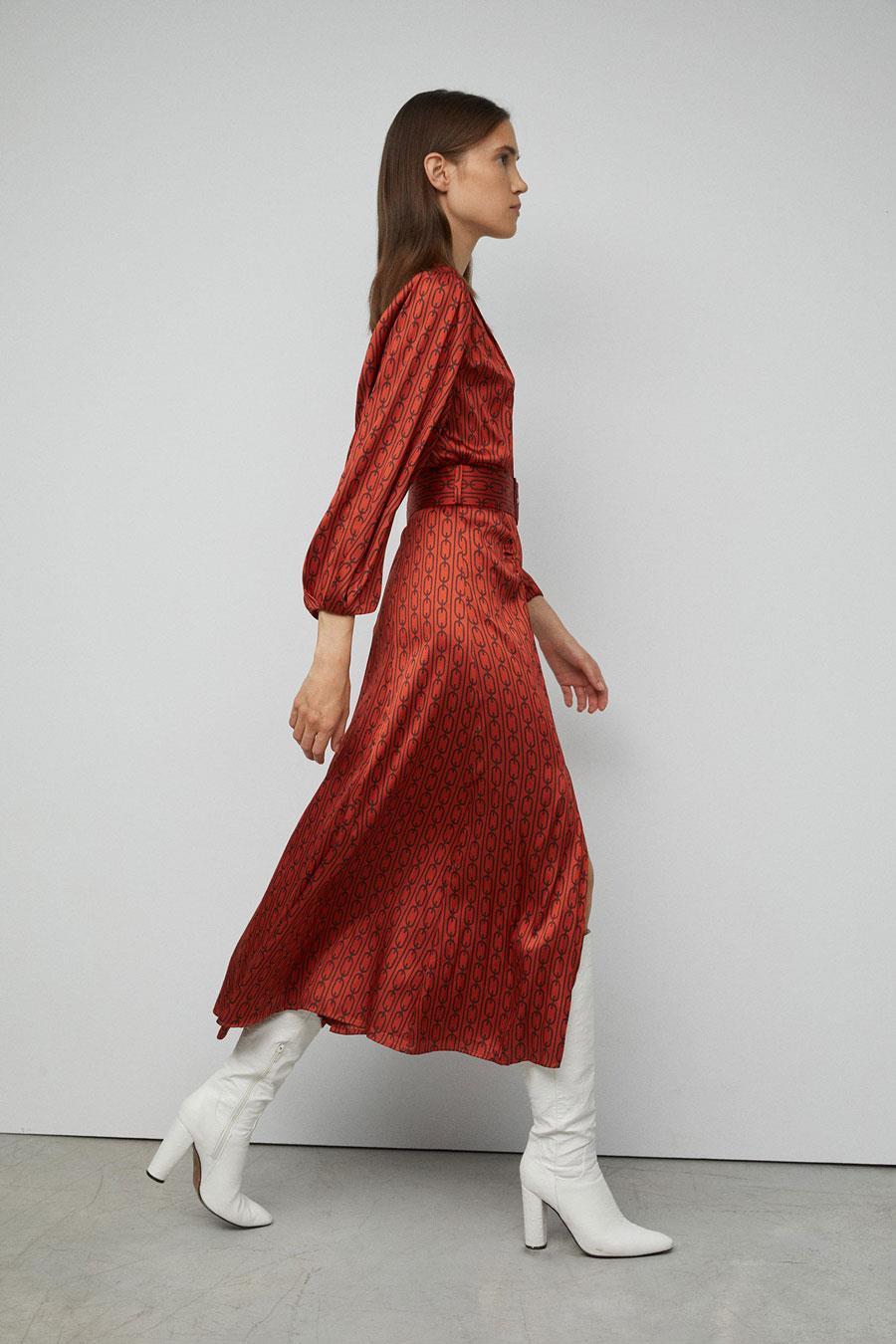 Looks De Moda Otoño 2019 Con Botas Altas En Zara Mango