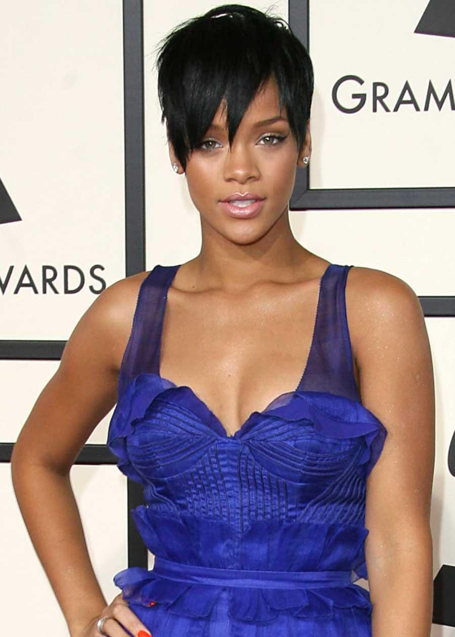 2008-rihanna-Side-Swept-Pixie