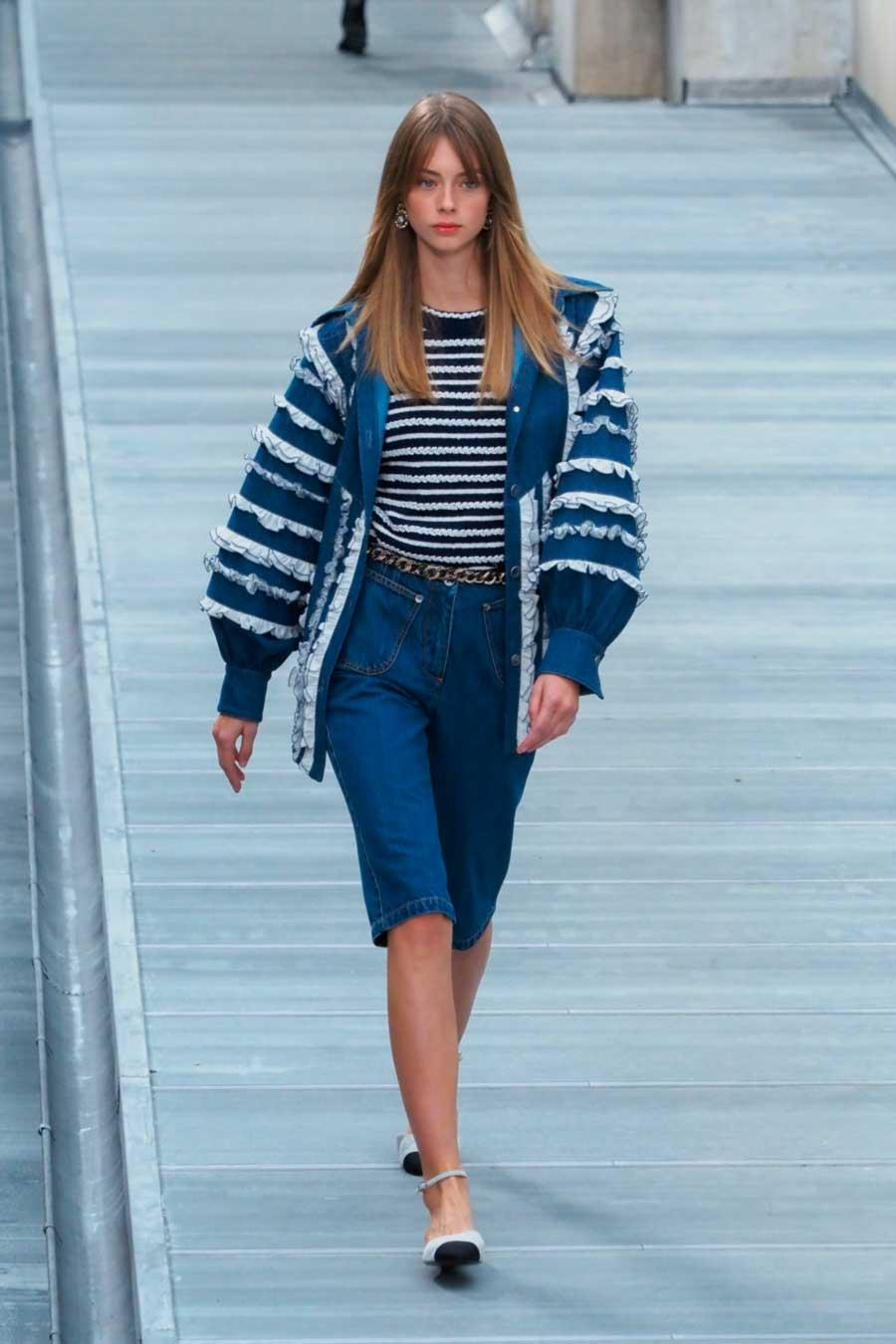 chanel-primavera-2020-denim-volantes