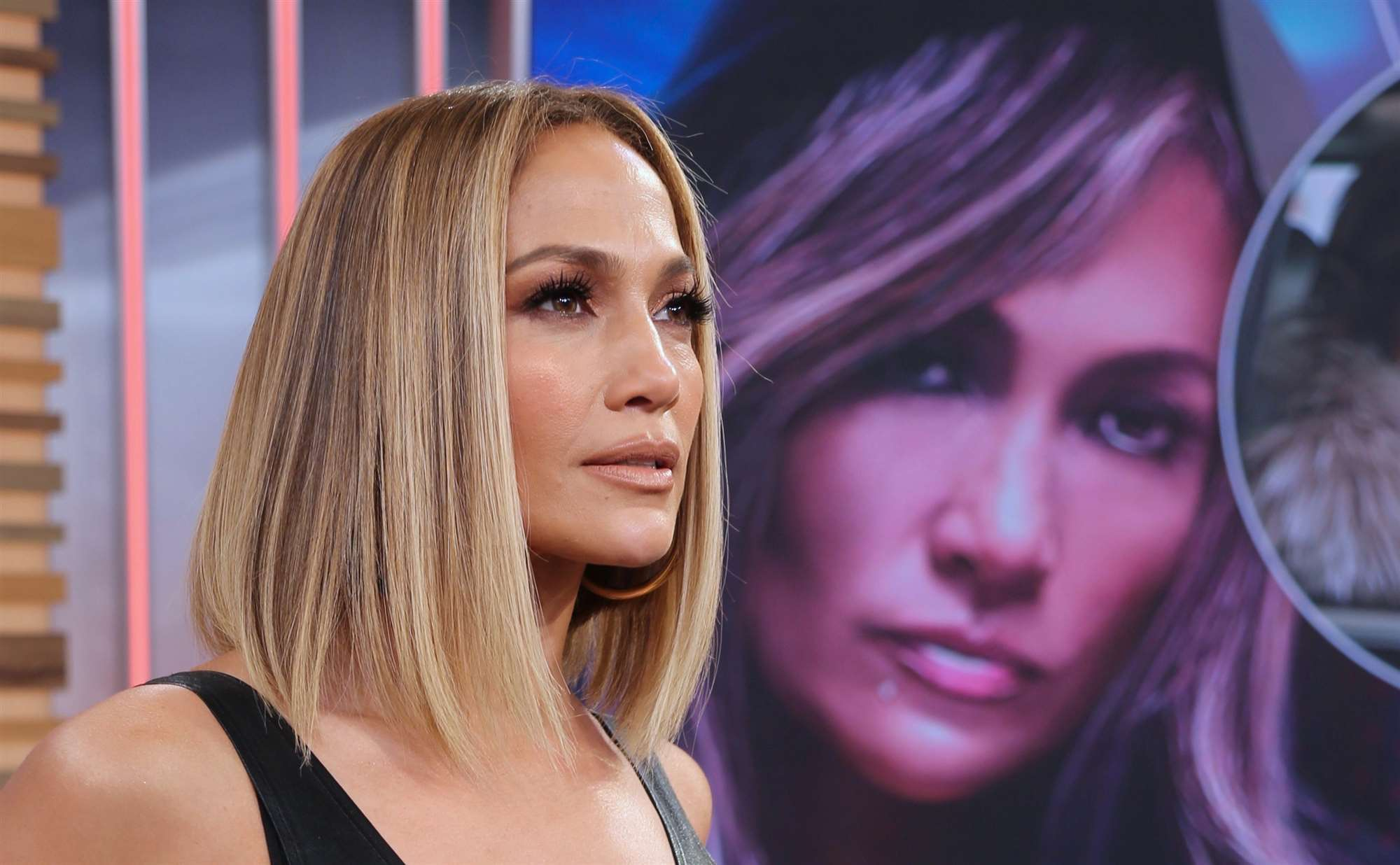 Jennifer Lopez con media melena