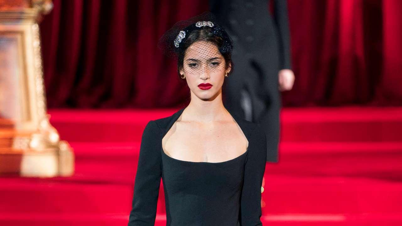 Zara Lanza El Vestido Negro Más Dolce Que Soluciona Todos