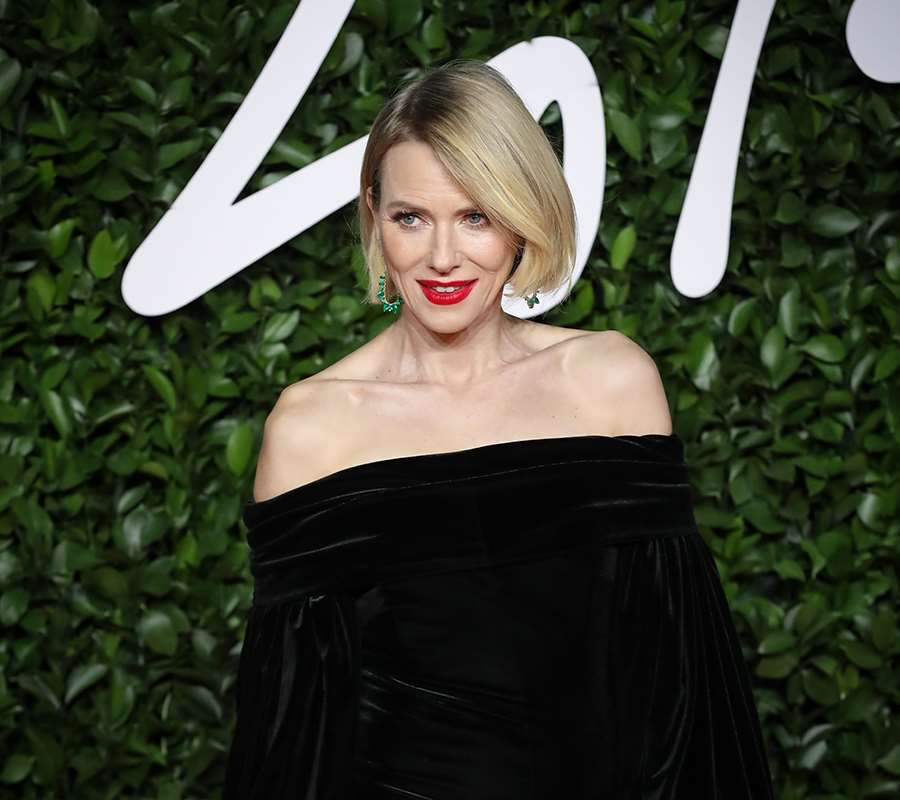 Long bob de Naomi Watts