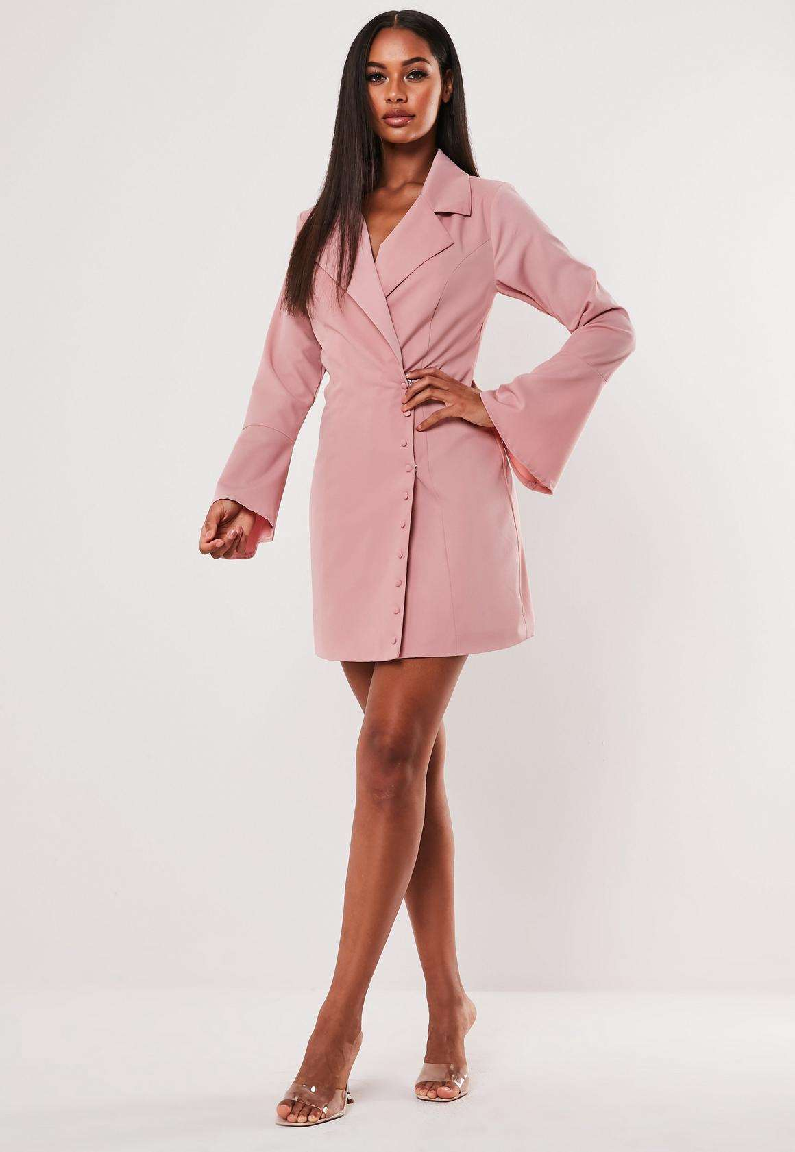 vestidoblazerMissguided. Vestido-blazer color maquillaje de Miss Guided