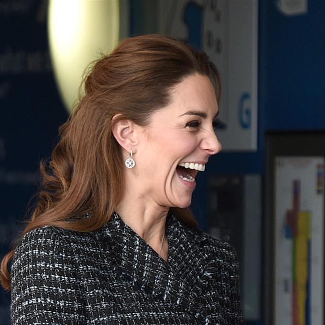 Kate Middleton impecable con conjunto de 'tweed' (¡y hay versión en Zara!)