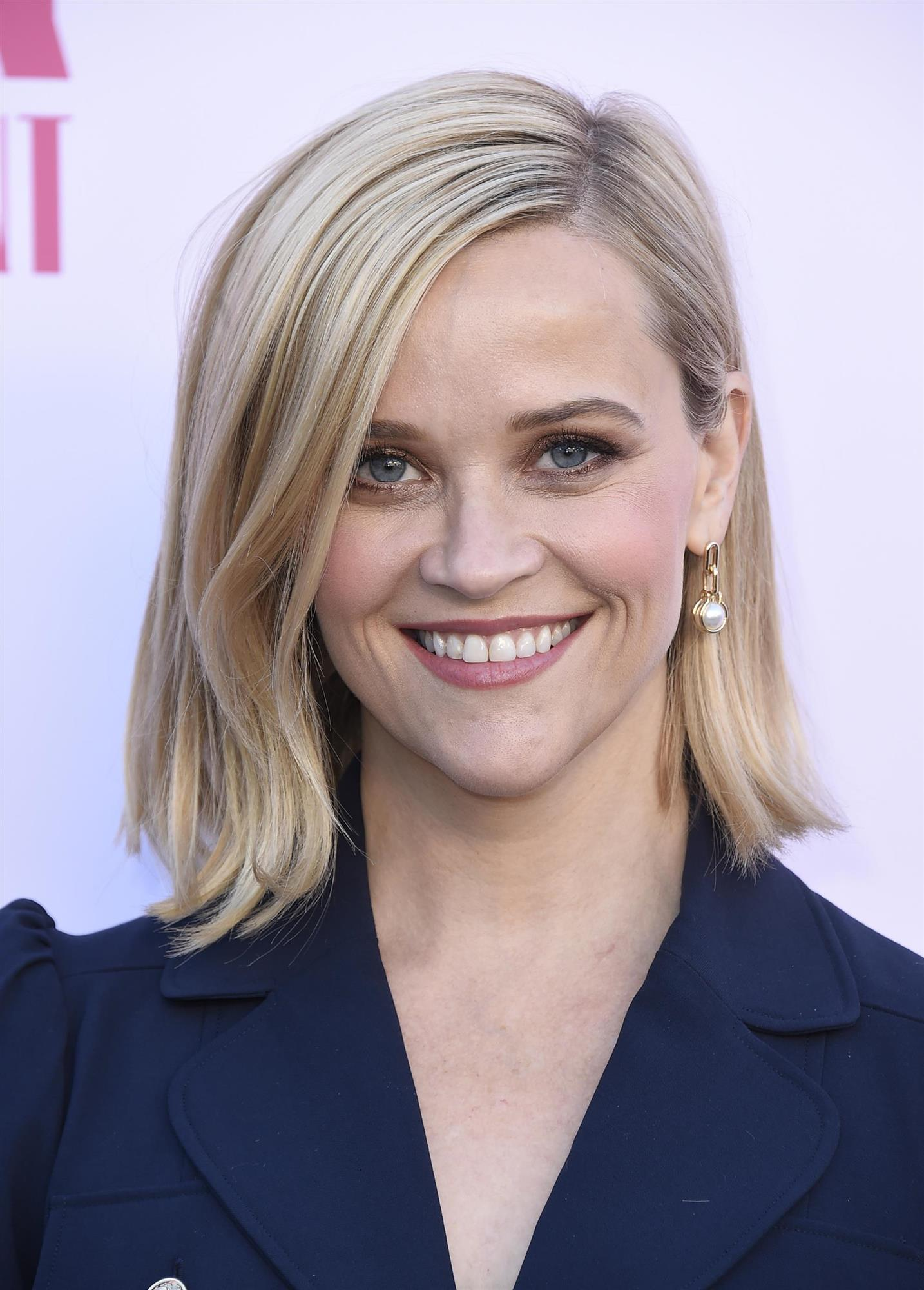 Reese Witherspoon con media melena