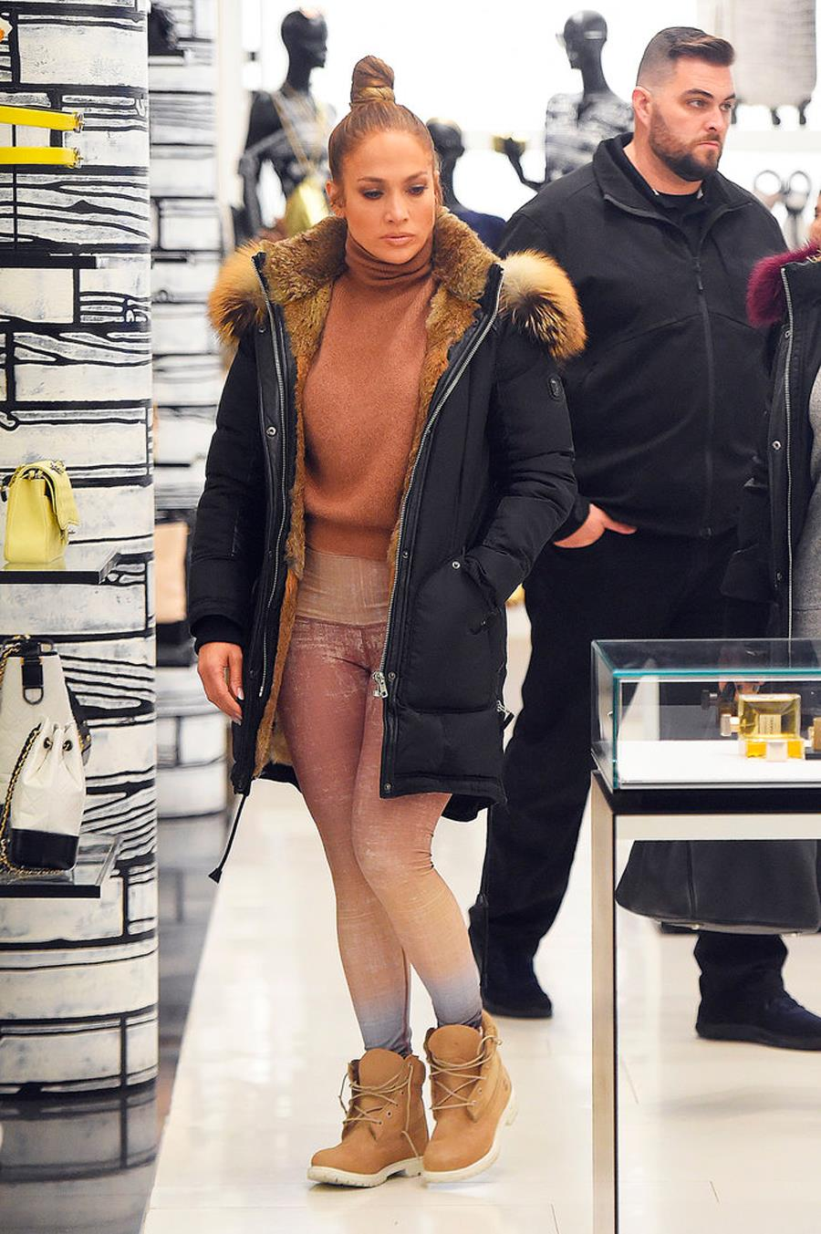 Jennifer Lopez y su 'total look'