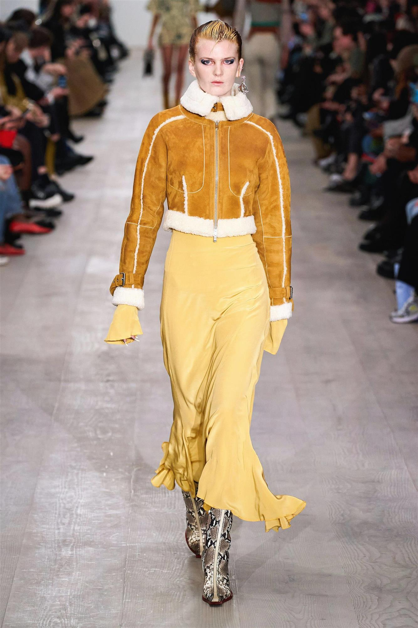 Semana de la moda de Londres, Charlotte Knowles