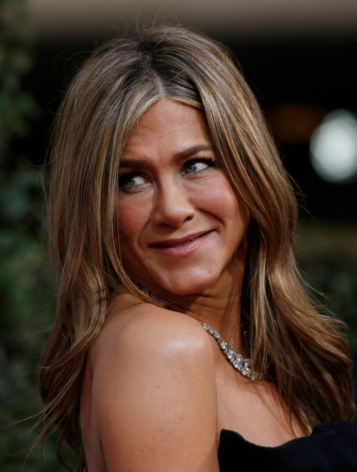 DL u446162 337. Jennifer Aniston
