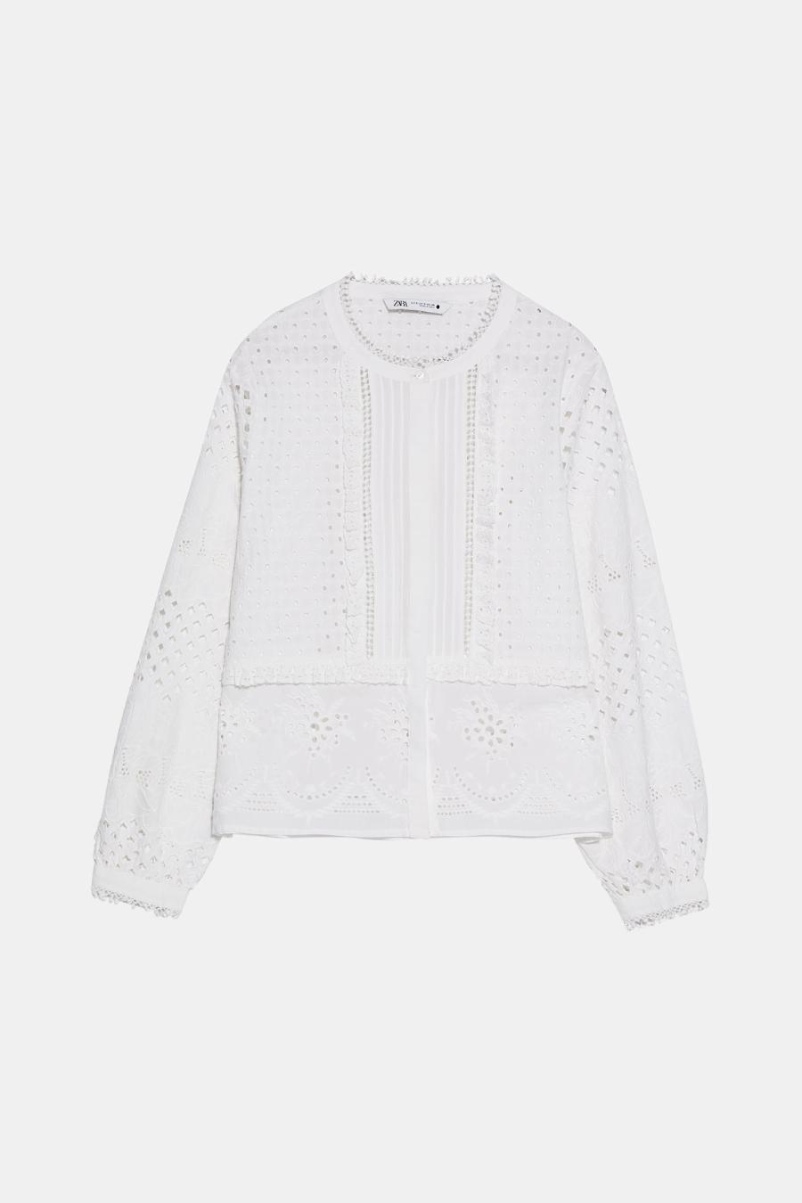 María Pombo lleva la blusa más ideal y boho de Zara | Blusa