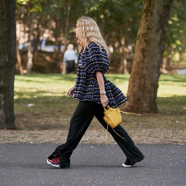 Los 22 bolsos que triunfan entre las que más saben de moda