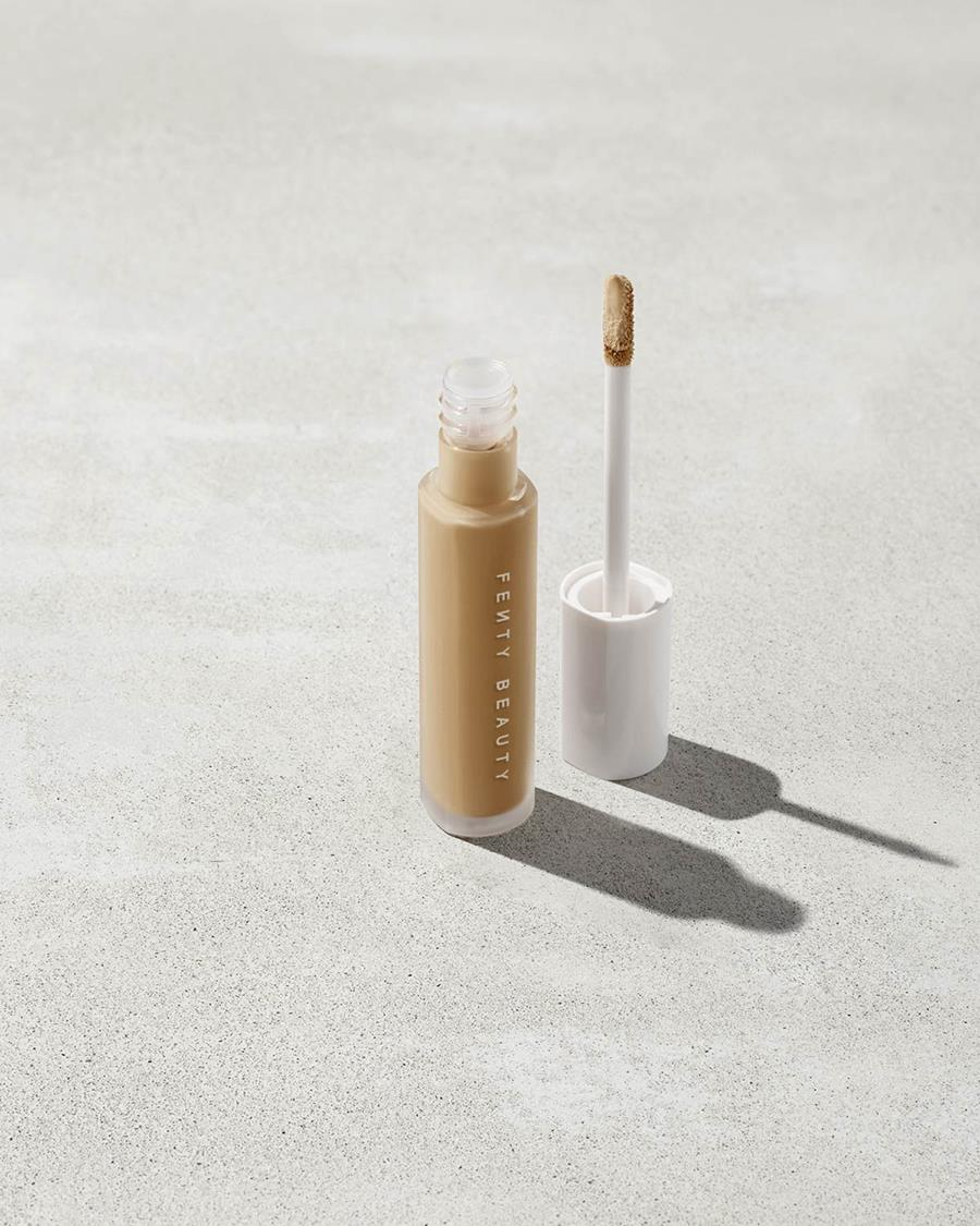 corrector ojeras fenty beauty by rihanna