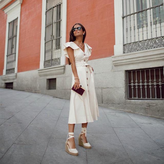 El camisero no solo es el vestido más tendencia ¡también el que mejor queda!