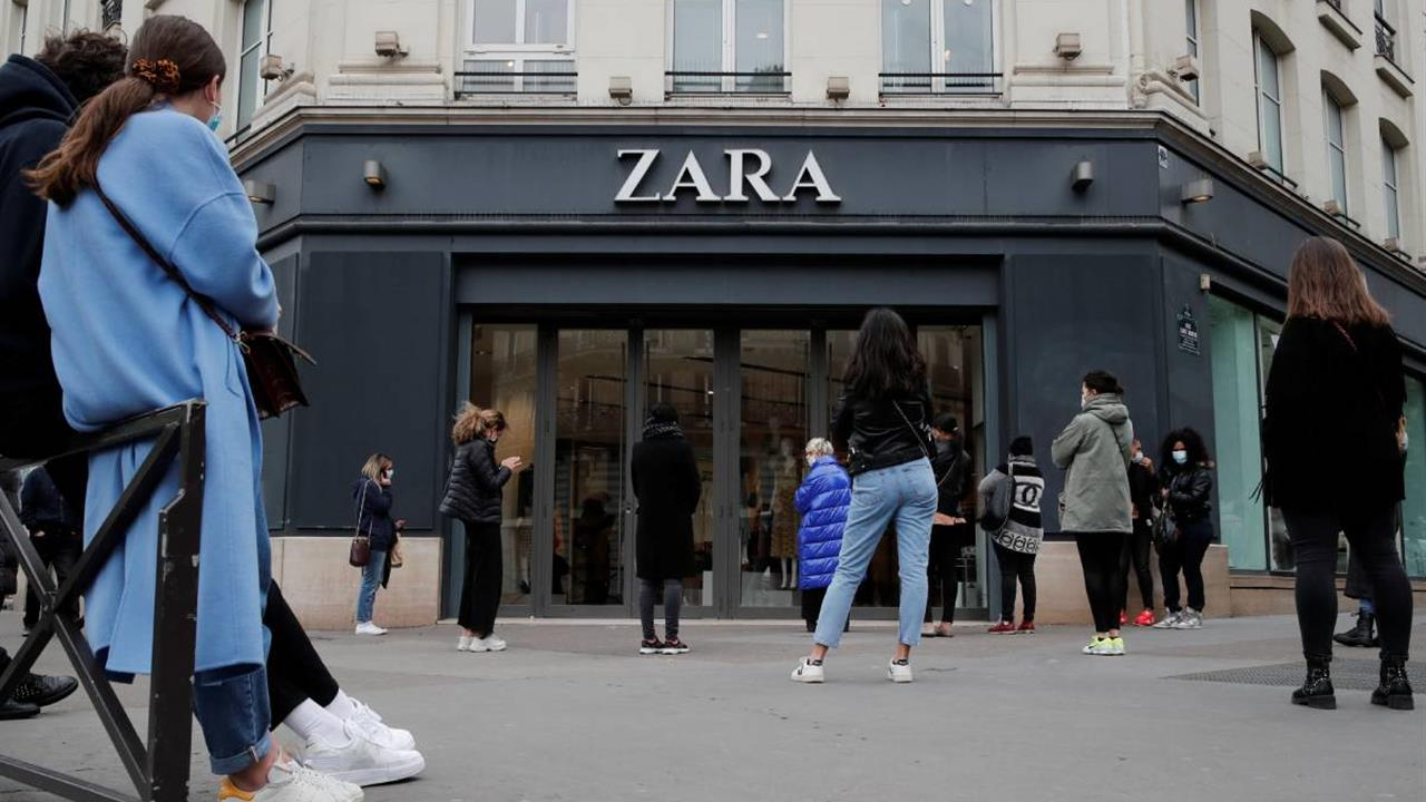 Te explicamos por qué este top de la nueva colección Zara
