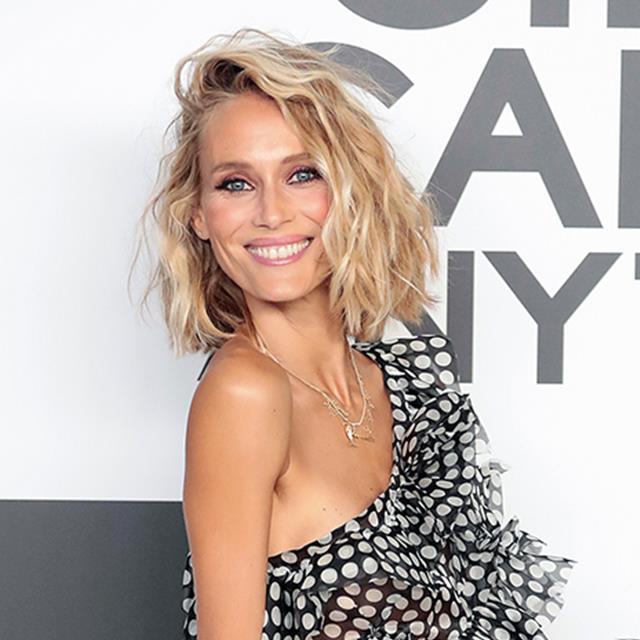 Vanesa Lorenzo estrena look con un bolso 'made in Spain' (y todoterreno) que querrás llevar