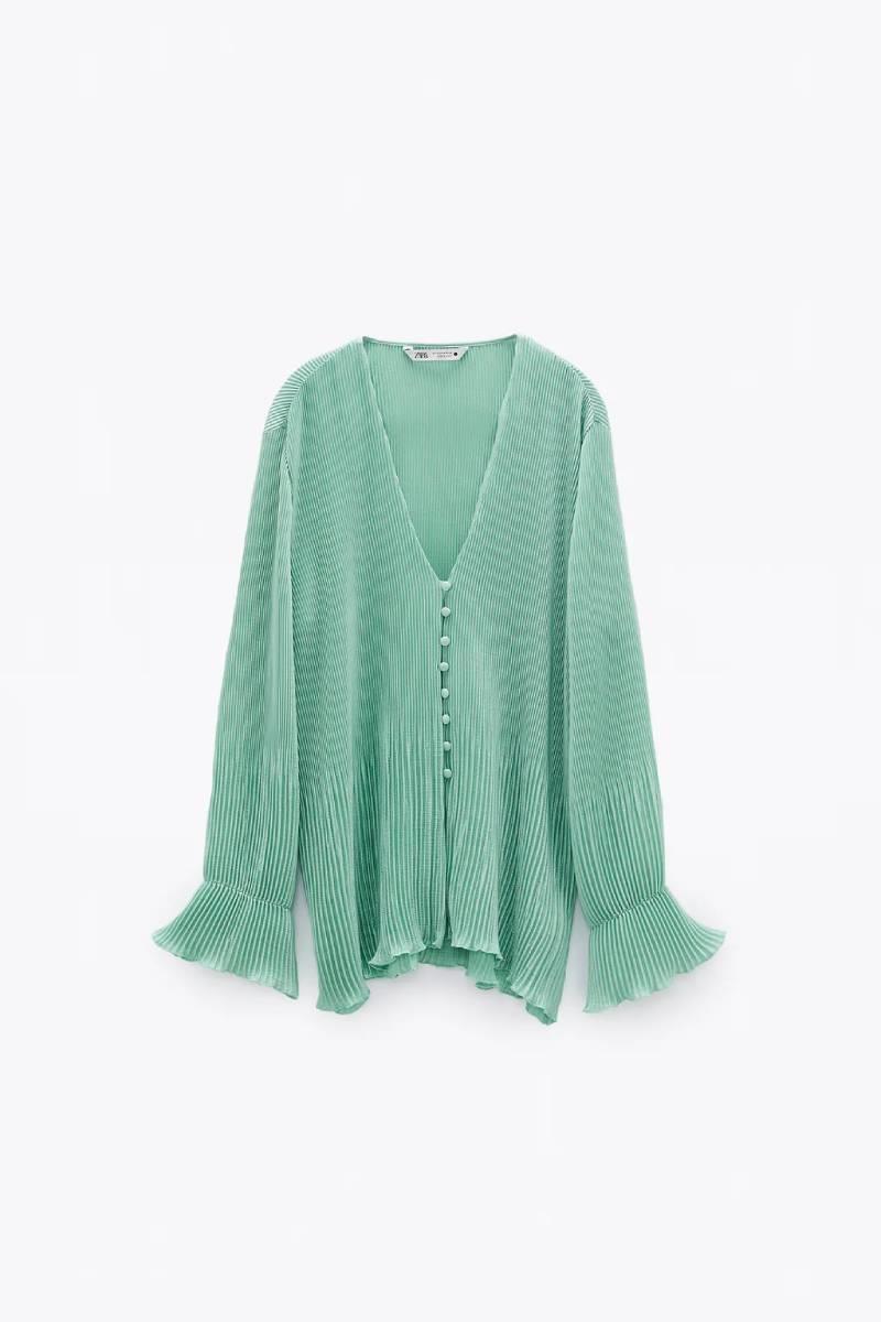 Camisa plisada verde, Zara