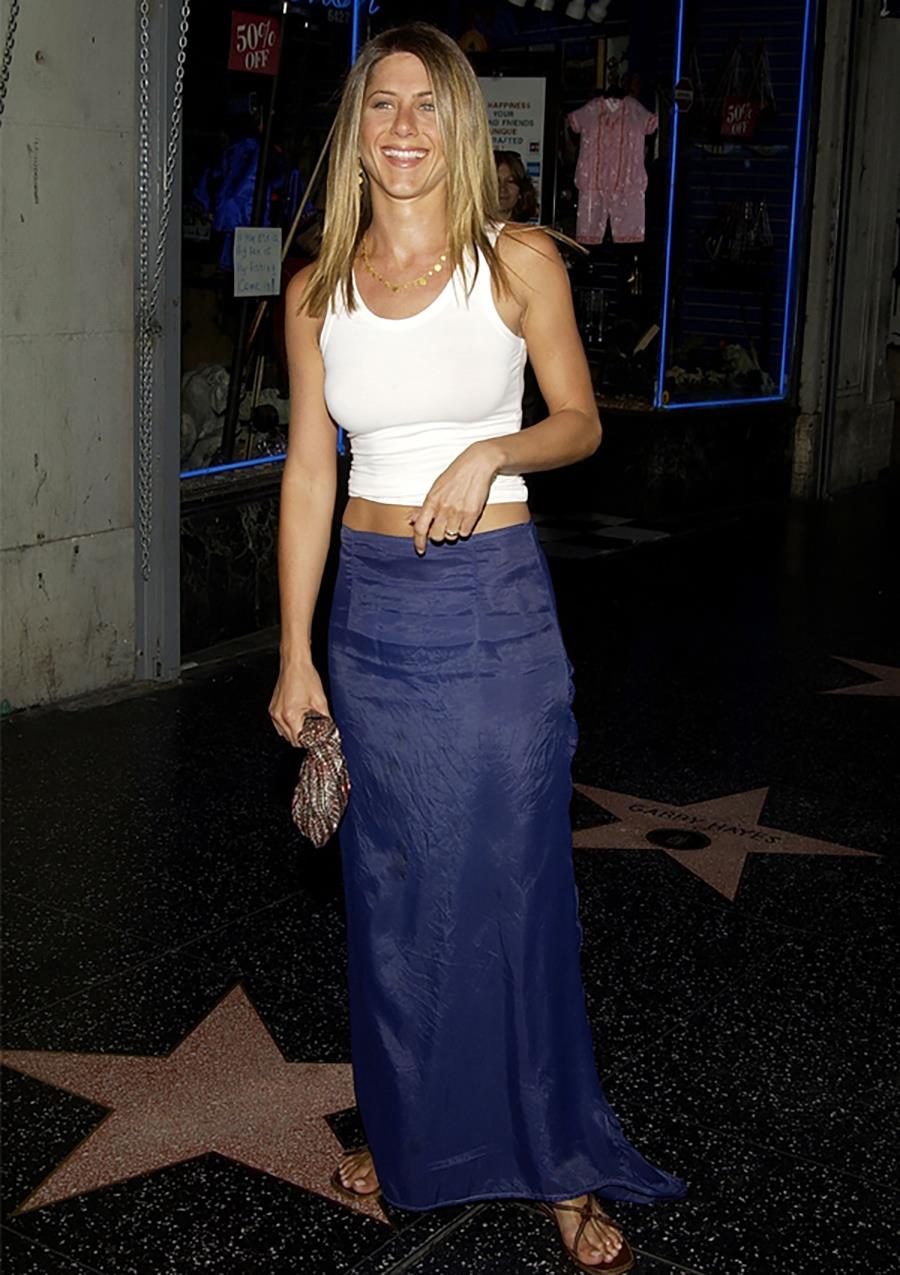 jennifer-aniston-look-90s-z getty images
