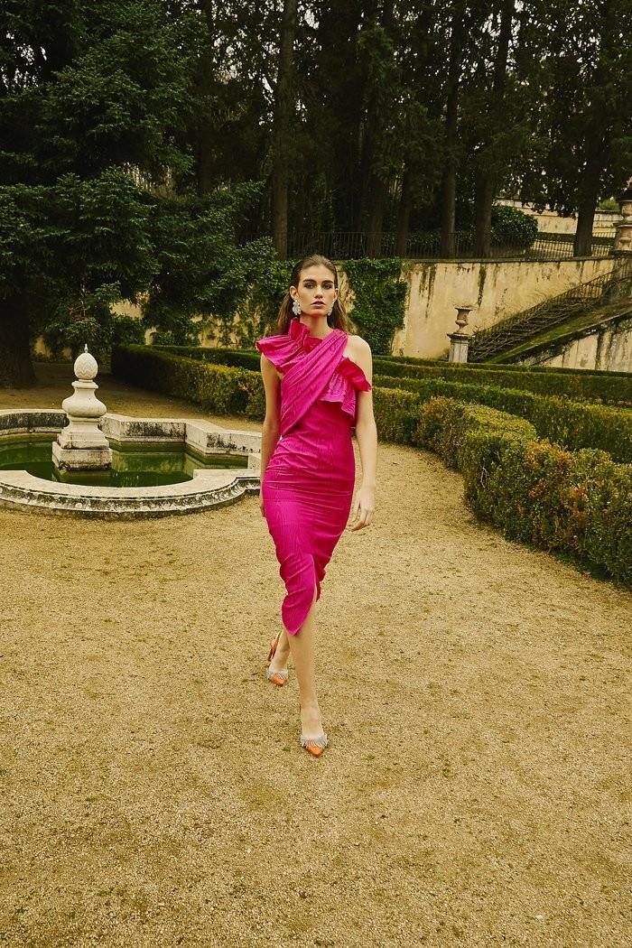 El vestido fucsia de Alexandra Pereira