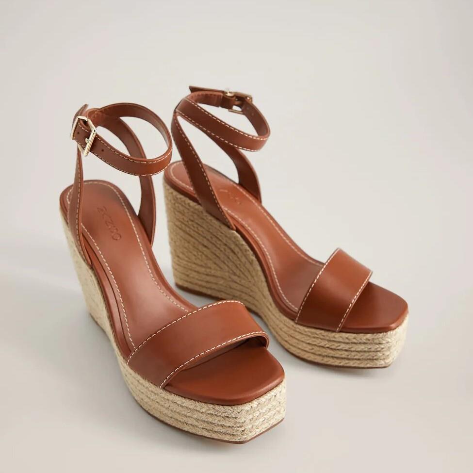 516 Fotos de Zapatos de tacón