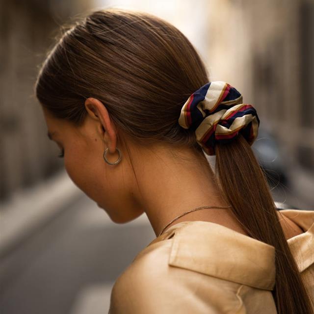 Trucos de experto para que la mascarilla del pelo actúe mejor y cunda más