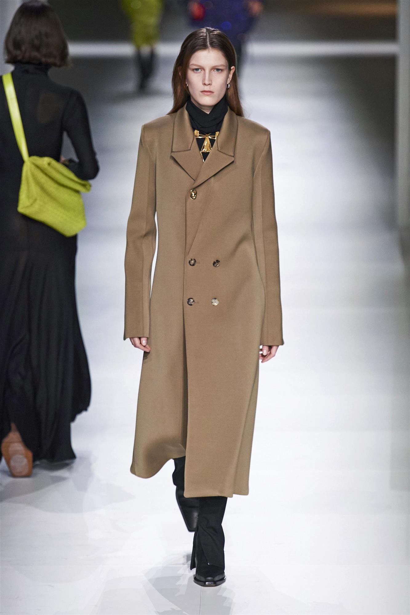 Abrigo minimalista