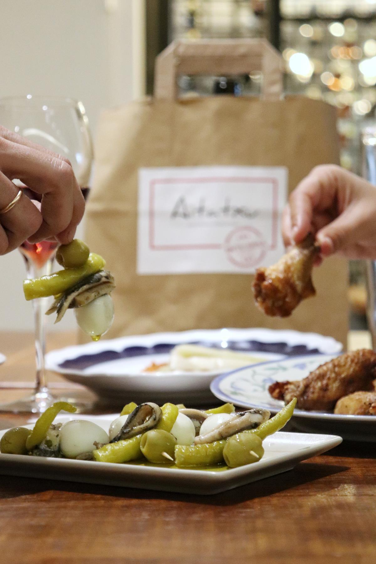AITATXU EN TU MESA  los mejores restaurantes donde pedir comida en casa - aitatxu en tu mesa 6 3323053c 1200x1800