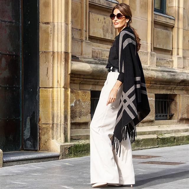 Este es el 'look' con pantalón más elegante para mujeres maduras (que puedes conseguir en Mango)