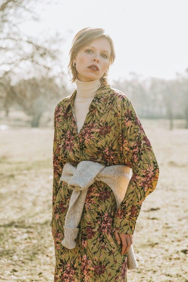 Vestido camisero de flores de Magnolya