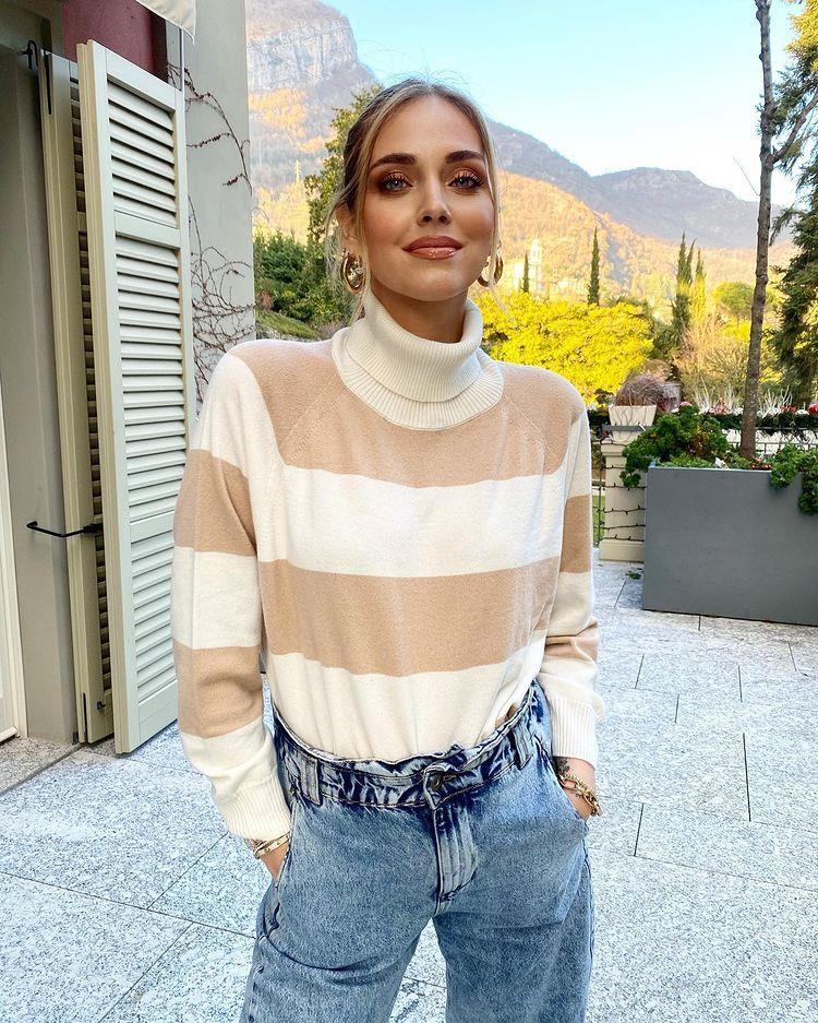 Chiara Ferragni's love for baggy paper bag jeans