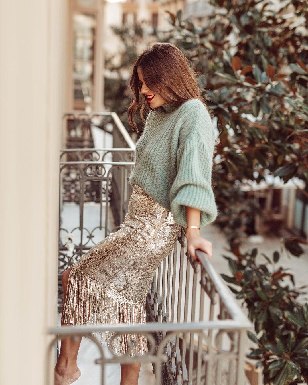 Jessiekas. Jersey look with sequin skirt
