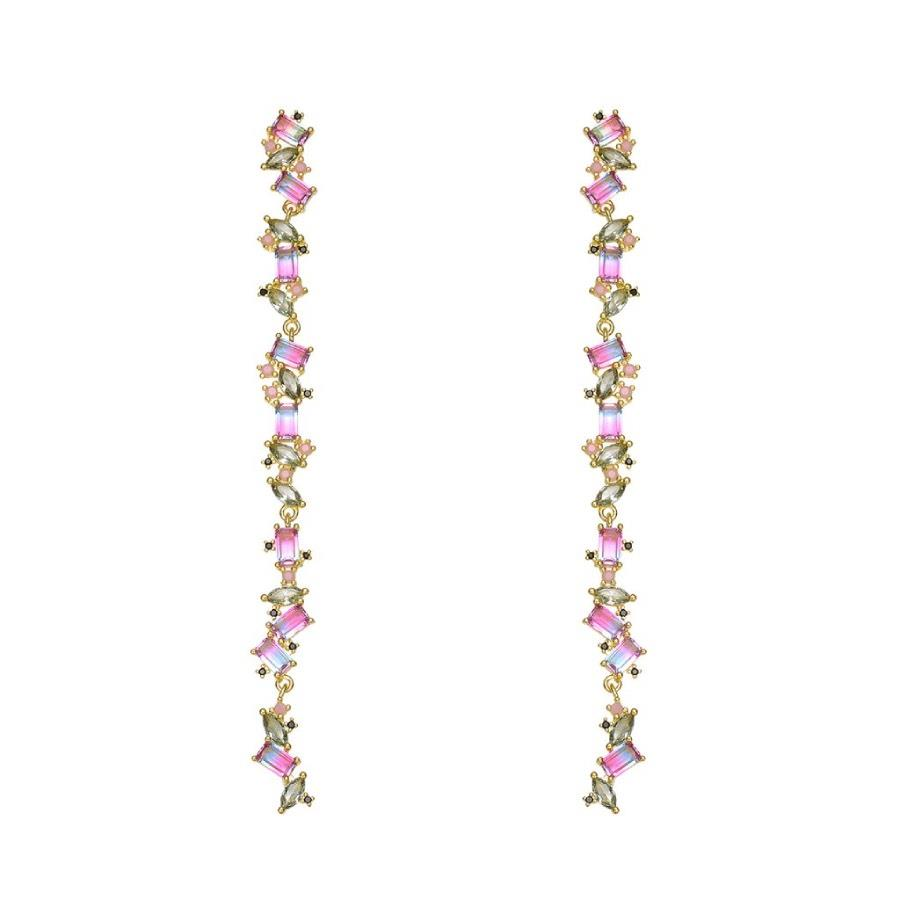 Nieves Álvarez reveals to us which are the most elegant winter earrings